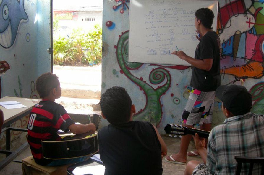 Leãozinho musica comunicacion social Proyectos de Alumnos EN+: Leãozinho: Música en Brasil%disenosocial